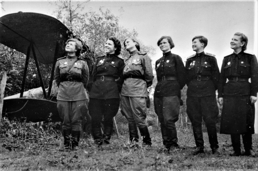 This image has an empty alt attribute; its file name is The-Night-Witches-pic-1-2.png